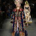 Dolce & Gabbana : le défilé Alta Moda célèbre Sophia Loren à Naples