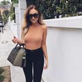Une blogueuse anglaise fait la pub de son opération des seins