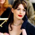 Rouge à lèvres : la teinte rouge trop osée?