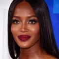 Naomi Campbell adopte la bouche pailletée aux MTV Video Music Awards