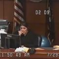 Une prévenue comparaît sans pantalon au tribunal