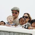 Enfants Jolie-Pitt : une vie passée sous les flashs