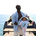 "Omar Sy, papa solo dans ""Demain tout commence"""