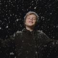 Cruz Beckham dévoile son premier clip de Noël
