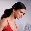 Selena Gomez devient la nouvelle égérie Coach