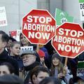 Donald Trump s'attaque à l'avortement sitôt arrivé à la Maison-Blanche
