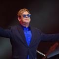 """""""Le Diable s'habille en Prada"""" : Elton John signe la comédie musicale"""