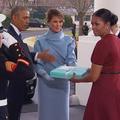 Le mystère du cadeau de Melania Trump à Michelle Obama sur le point d'être résolu