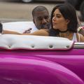 Kim Kardashian poste sa première photo depuis son agression à Paris