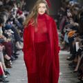 À Milan, les collections pour l'automne-hiver 2017-2018 parlent aux femmes libérées