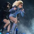 Lady Gaga, Beyoncé, Katy Perry : les tenues les plus mémorables du Super Bowl