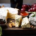 Variétés, saisons, dégustation... Tout ce qu'il faut savoir pour être incollable sur le fromage