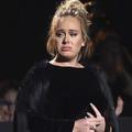 """Adele """"agressée"""" sur scène à Brisbane"""