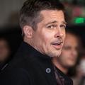 Brad Pitt aurait envoyé des textos à Jennifer Aniston