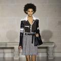 Défilé Louis Vuitton automne-hiver 2017-2018 : voyageuses sans frontière