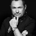 Tom Pecheux, le célèbre maquilleur redonne des couleurs à Saint Laurent
