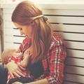 Une femme se voit refuser le droit d'allaiter dans un commissariat parisien