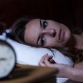 Troubles du sommeil : les femmes souffrent plus des effets que les hommes
