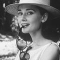 Une vente aux enchères spéciale Audrey Hepburn organisée à Londres