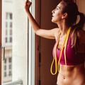 Cinq exercices pour affiner sa taille en un mois