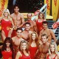 """""""Alerte à Malibu"""" : les acteurs de la série, seize ans plus tard"""