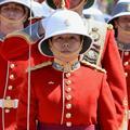 Une femme de 24 ans prend la tête de la garde d'ElizabethII