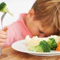 Que faire si mon enfant ne mange rien à la cantine ?