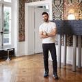 Nicolas Ghesquière dans son nouvel appartement parisien