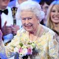 La reine d'Angleterre pourrait cacher des micros dans les fleurs du mariage du prince Harry