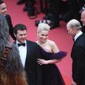 """La famille Travolta, Chewbacca et Khaleesi : la montée des marches de """"Star Wars"""""""