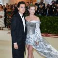 Lili Reinhart et Cole Sprouse officialisent leur relation au Met Ball 2018