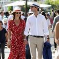 Pippa Middleton dévoile son ventre arrondi à Roland-Garros