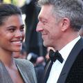 Vincent Cassel et Tina Kunakey, 37°2 le soir sur les marches de Cannes
