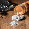 Le combat d'une mère contre l'addiction médicamenteuse de son fils