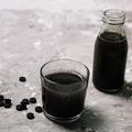 Ventre gonflé, problèmes de peau... Le charbon actif, un ingrédient qui nous veut du bien