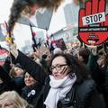 Les Polonaises une nouvelle fois mobilisées contre une loi anti-avortement