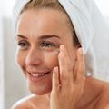 Comment appliquer un contour des yeux efficacement ?