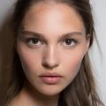Nos astuces naturelles pour des lèvres pulpeuses sans botox