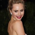 Mannequin, actrice et chanteuse, Suki Waterhouse aurait conquis Robert Pattinson