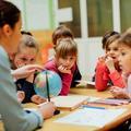 Classes à double niveau en maternelle, effet booster ou ralentisseur ?