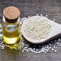 Nutritive, purifiante, digestive… l'huile de sésame, l'élixir bienfaiteur de l'ayurvéda