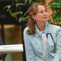 """""""Cruellement trahie"""" : Ségolène Royal revient sur l'adultère de François Hollande"""