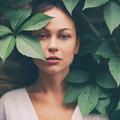 Anti-âge, peau sèche, imperfections… Quelles plantes pour sauver ma peau ?
