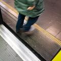 Dans le métro de Naples, une sexagénaire rabroue un xénophobe qui insultait des passagers