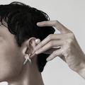 Pourquoi les hommes vont aussi se mettre aux ear cuffs en 2019?