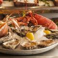 """Les huîtres ne se consomment que les mois """"en r"""" et autres croyances autour des coquillages et crustacés"""