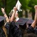 Bien choisir ses études supérieures : crucial pour les femmes, beaucoup moins pour les hommes