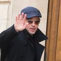 Les photos de Brad Pitt et ses amis en goguette à Paris