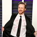 Cette chemise signée par Charlize Theron et Amy Adams pourrait devenir la plus chère de l'histoire