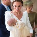 Les secrets de la robe de baptême portée par huit générations de bébés royaux